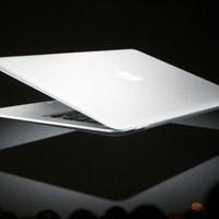 A Macbook Air, az időgép, a tévé és a filmkölcsönzés