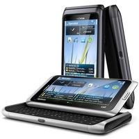 Jól néz ki a Nokia E7