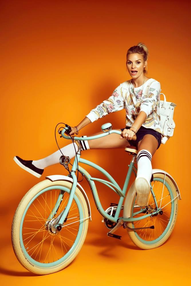 bikegirls-cruiser6.jpg