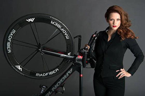 Angela Durazo, a legyőzhetetlen triatlonos szépség