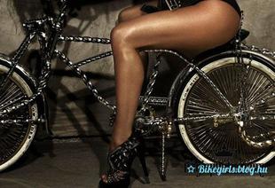 Biciklin pózol Fergie