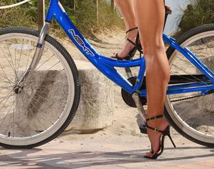A kerékpározás formálja a lábakat és a popsit!