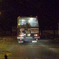 Taxival követte a buszt a megállóban hagyott utas - videó