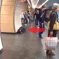 Hogyan jutott le a hajléktalan a Deák téri állomásra?