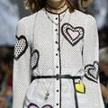 Feminista sikk a Diortól a Párizs Fashion Weeken