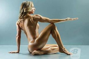 Pucér nők mutatják meg, hogy miért is érdemes edzeni!