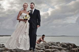 30 esküvői kép, amit telibetrollkodtak a pucér emberek és az állatok!