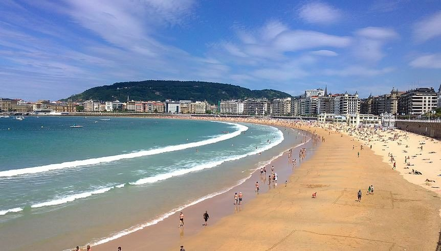 06-6-la-concha-beach-san-sebastian-donostia-spain.jpg