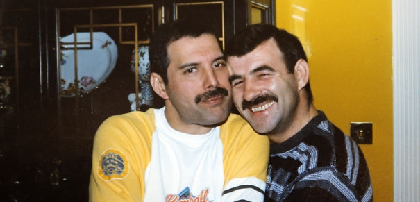 freddie-mercury-jim-hutton-candid-photos-23-592d50c6660d0-png_605.jpg
