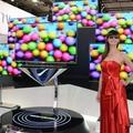 A világ legnagyobb OLED tévéje közelít Berlin felé