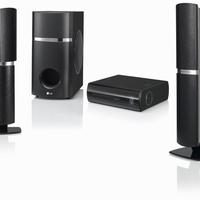 Új kompakt LG Blu-ray házimozi rendszer elforgatható hangfalakkal