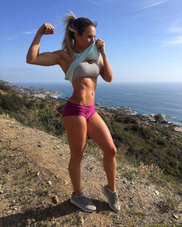 strong_sporty_girls_37.jpg