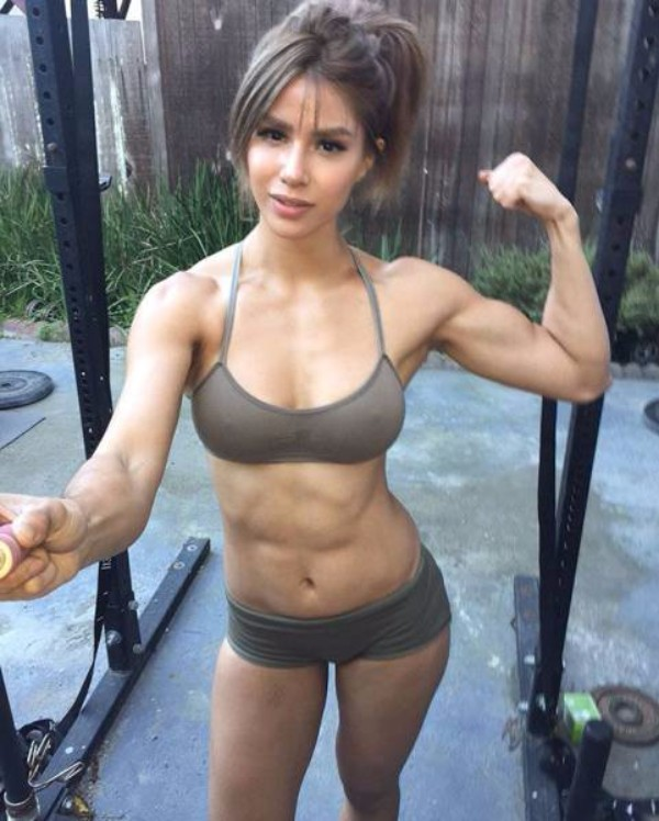 strong_sporty_girls_38.jpg