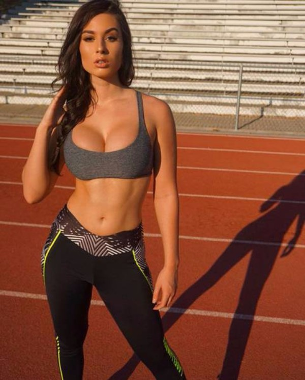 strong_sporty_girls_46.jpg