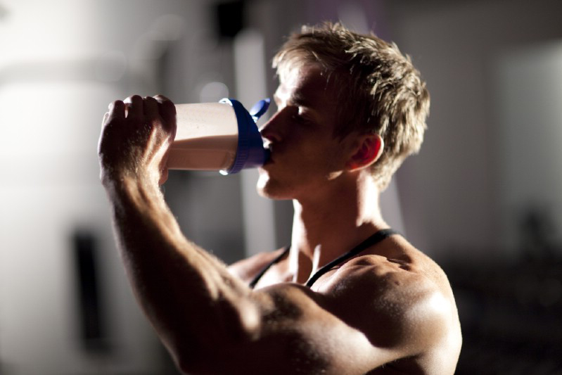 whey_protein_isolate_effects_e.jpg