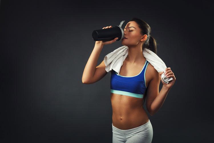 woman-drinking-protein-shake1.jpg