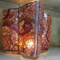 Nyolcszögletes váza