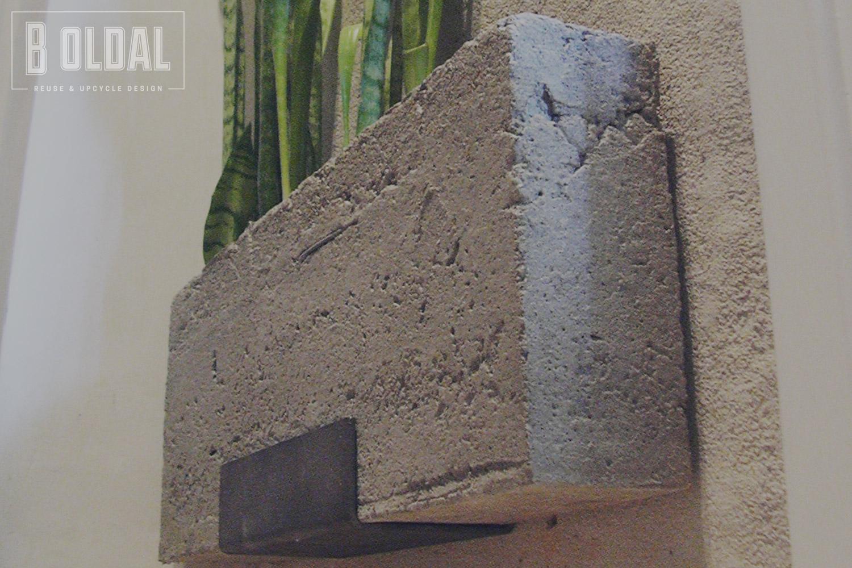 07-fali-betonkaspo-8-b-oldal.jpg