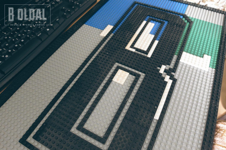 13-legobol-logo-5-b-oldal.jpg