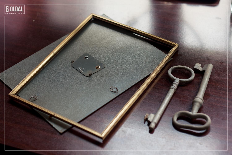 21-fali-kep-antik-kulcsokbol-2-b-oldal.jpg
