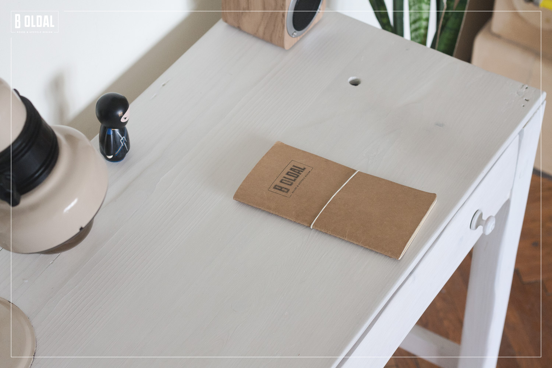 24-konyhai-kis-asztalbol-dolgozoasztal-14-b-oldal.jpg