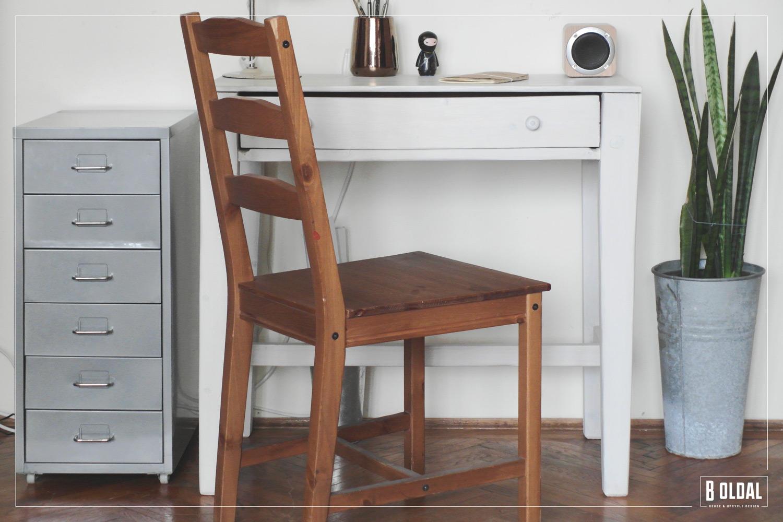 24-konyhai-kis-asztalbol-dolgozoasztal-15-b-oldal.jpg