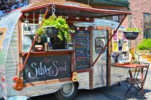 Food Truck Show és Faszén Fesztivál Tatabányán- Figyelje az érdekes büfékocsikat!