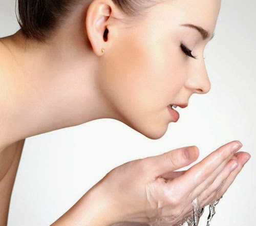 cleansers-for-oily-skin.jpg