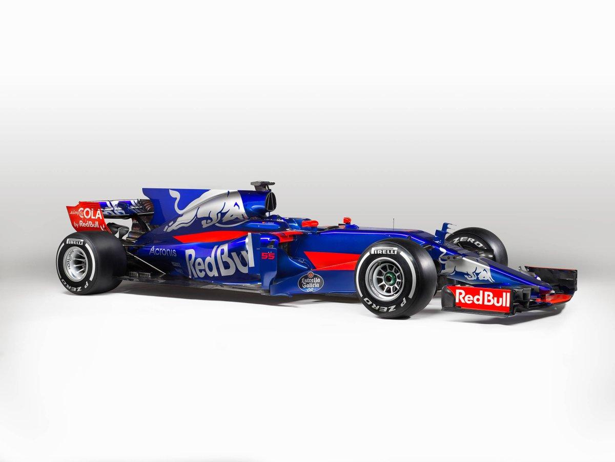 Csapat: Scuderia Toro Rosso<br />Autó: STR13<br />Motor: Renault<br /><br />Versenyzők: Daniil Kvyat (#26), Carlos Sainz (#55)<br />2016-os helyezés a konstruktőri pontversenyben: 7. (63 pont)