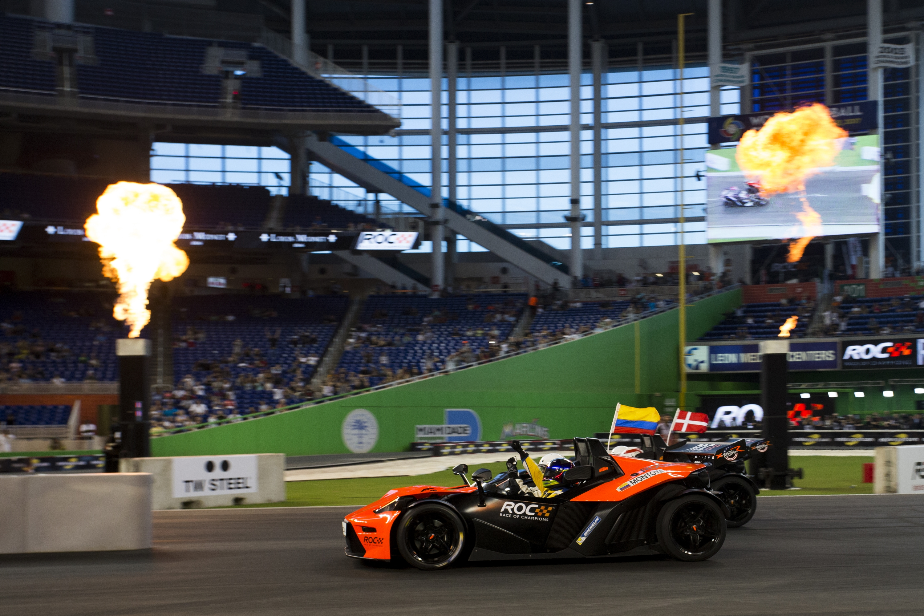 juan-pablo_montoya_col_beats_tom_kristensen_dnk_across_the_line_driving_the_ktm_x-bow_comp_r_to_be_crowned_the_champion_of_champions_during_the_race_of_champions_on_saturday_2.JPG