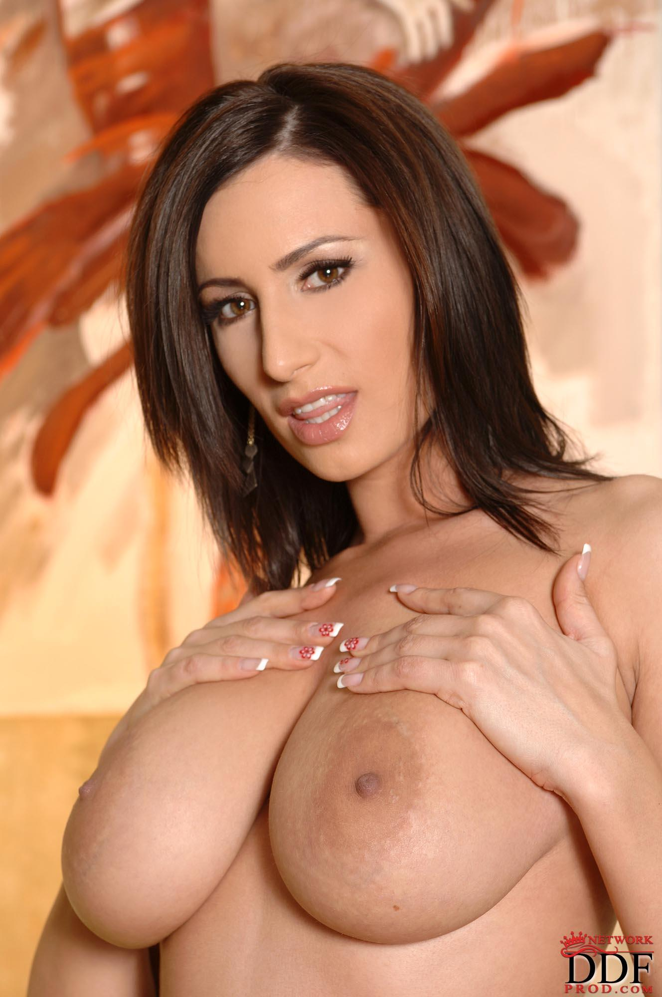 busty-mature-shaved-milf-from-ddf-16.jpg