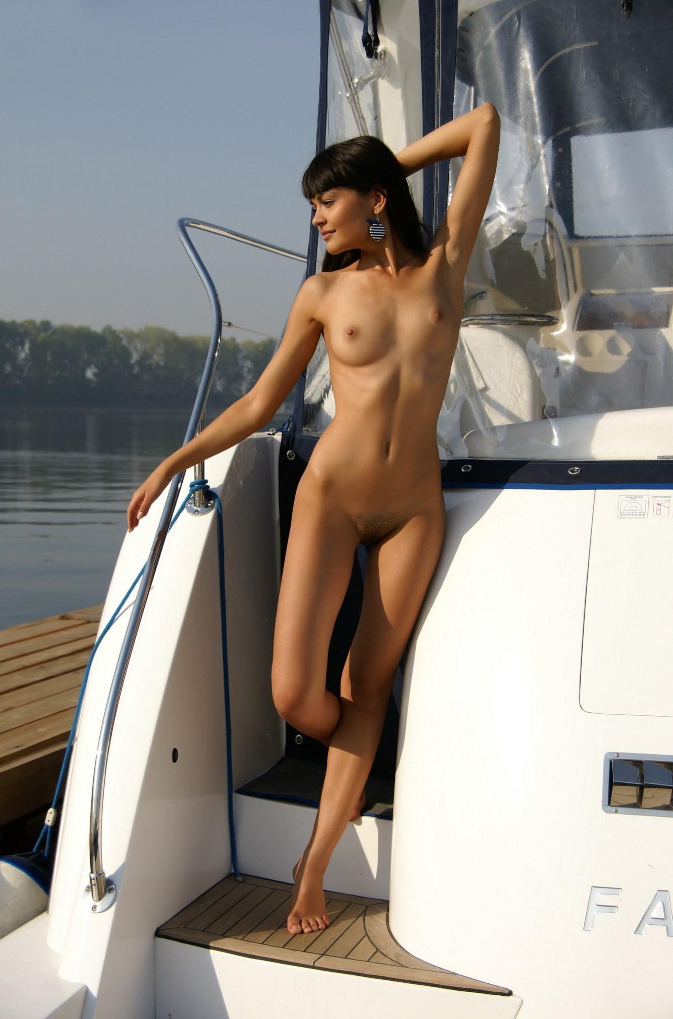 shaved-landysh-a-with-beautiful-brown-eyes-from-met-art-wearing-minidress-8.jpg