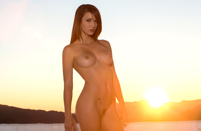 brunette-babe-malena-morgan-wearing-black-panties-18.jpg