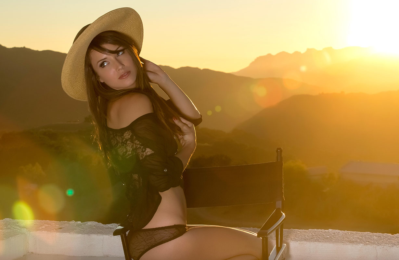 brunette-babe-malena-morgan-wearing-black-panties-5.jpg