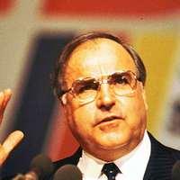 Mit is ígért hát Kohl Mitterrandnak?