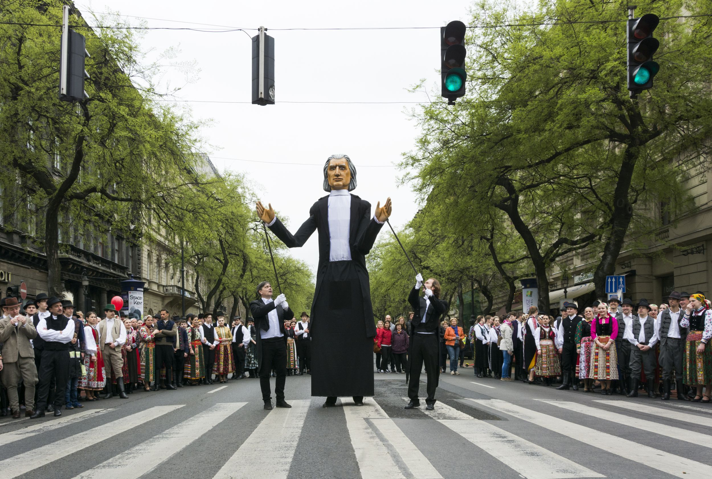 #ITTAHELYEM: vasárnap Promenád!