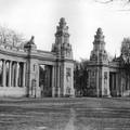 A millenniumi kiállítás Andrássy úti főbejárata 1896-ban