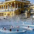 BüféBudapest fürdőzik