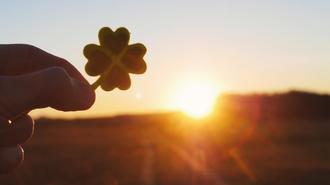 Szerencse, vagy tettre kész lényeglátás? 7 gondolat, ami megalapozhatja a sikeres jövőd!