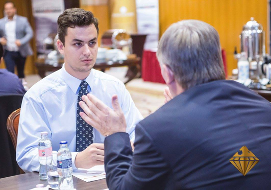 Az üzleti kapcsolatok építésének 6 ügyes kis titka