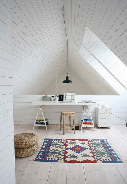 attic-home-office-design-33.jpg