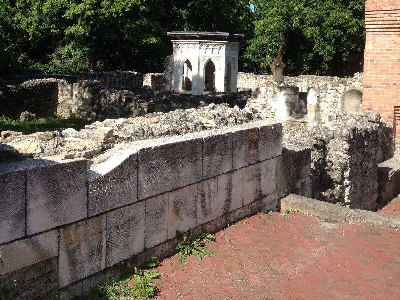 domonkos-templom-romjai.jpg