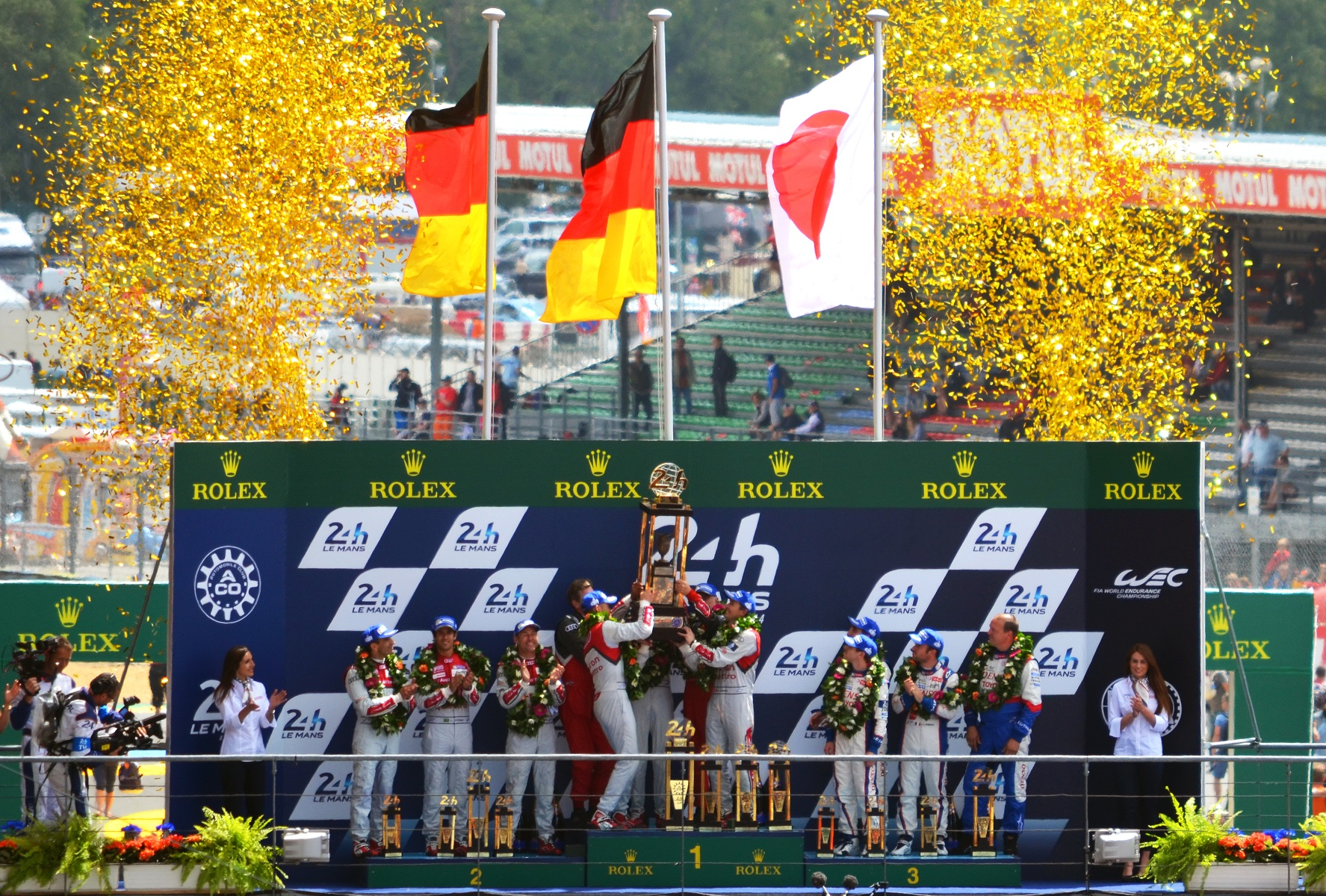 2014_le_mans_podium_wide.jpg