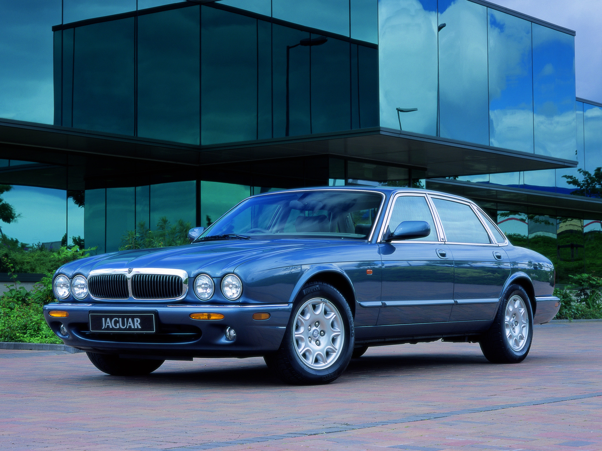 autowp_ru_jaguar_xj_executive_3.jpg