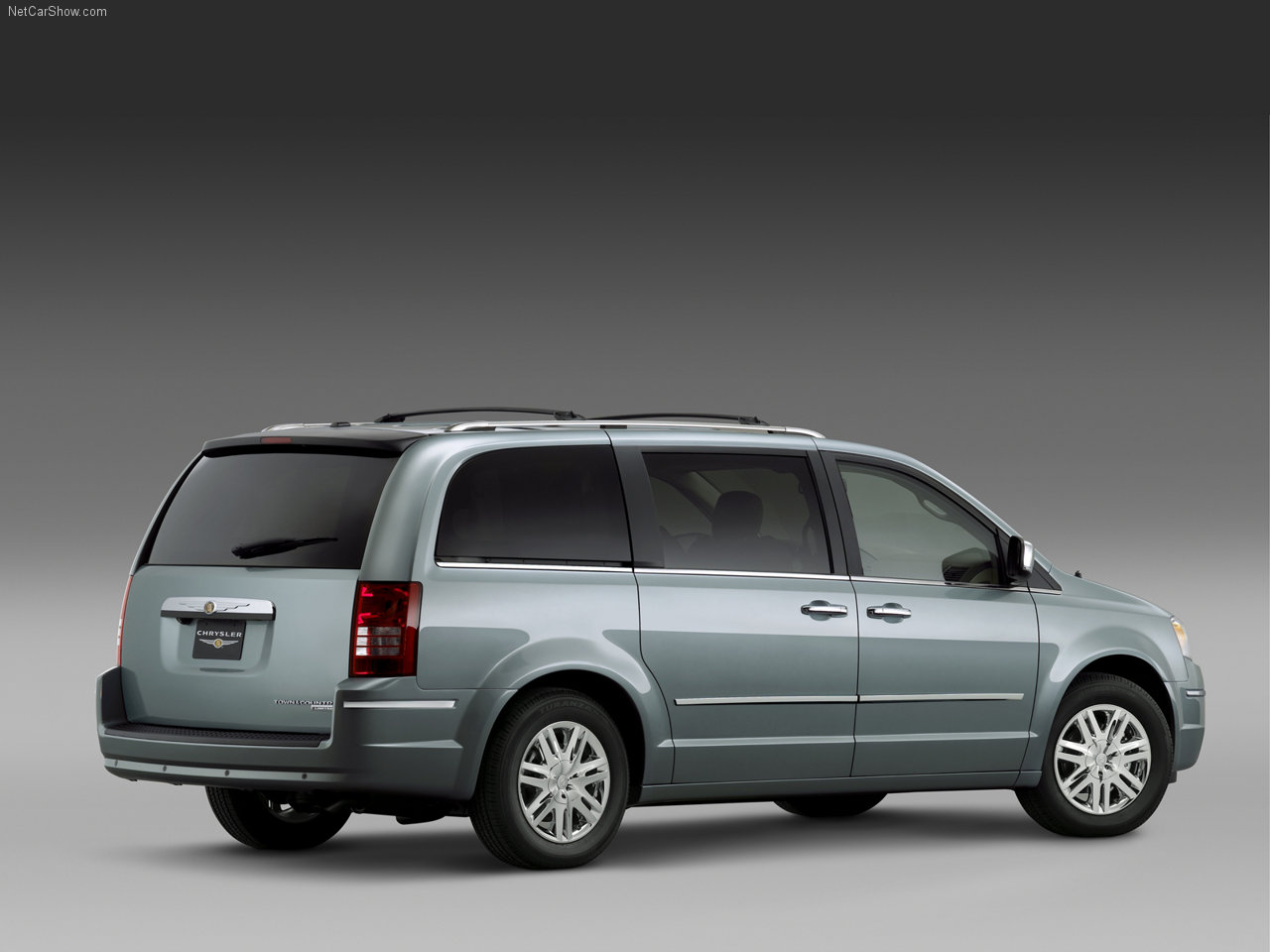 chrysler-town_and_country-2008-1280-04.jpg