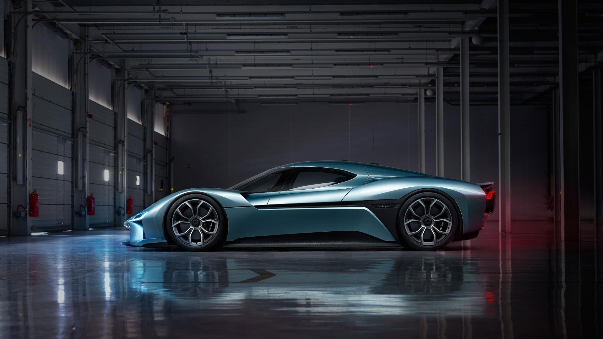 nextev-s-nio-ep9-is-the-fastest-electric-car-on-the-nurburgring-113122_1.jpg