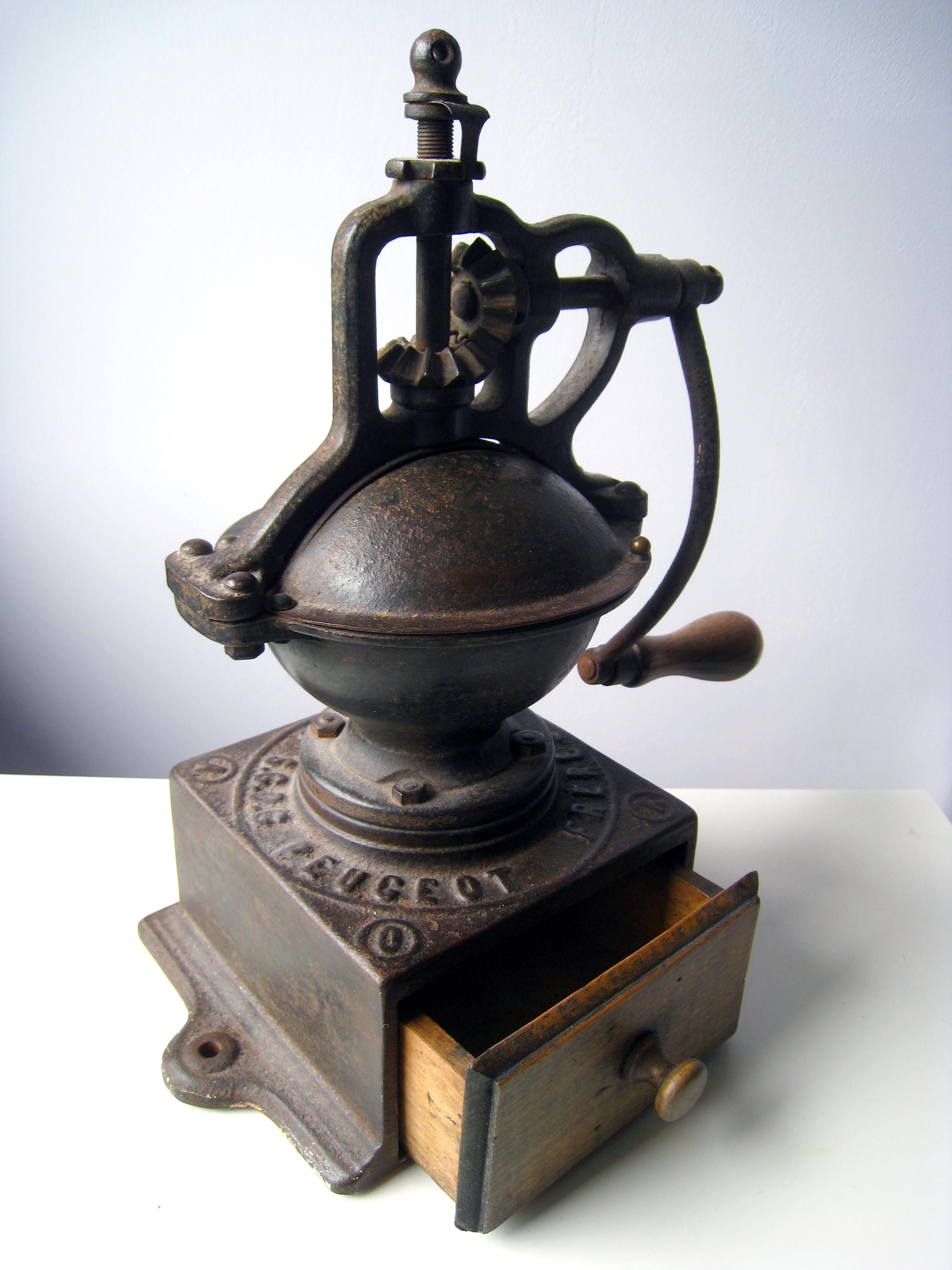 peugeot_coffee_grinder.jpg