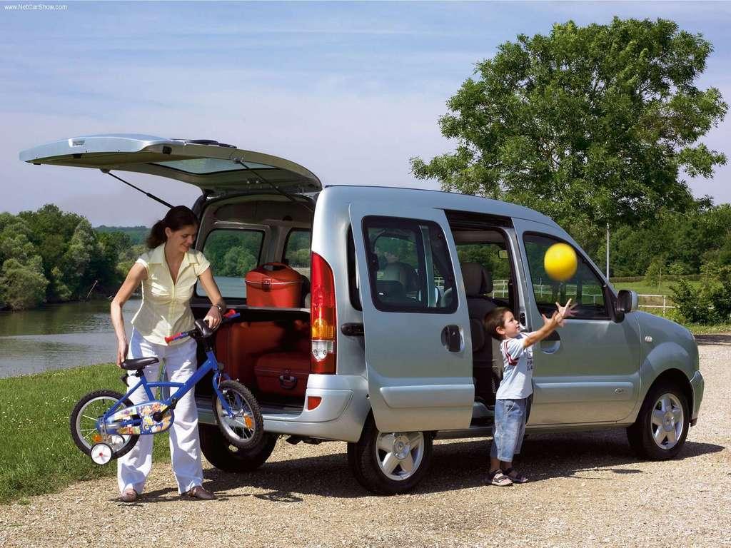 renault-kangoo-2006-1024-06.jpg