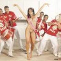 Solange Gomes brazil csúcsmodell anyaszült meztelenül