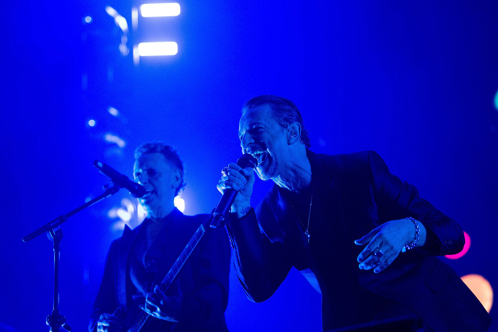 depeche-2.jpg
